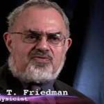 STANTON T. FRIEDMAN, AZ UFÓ KUTATÓ TUDÓS